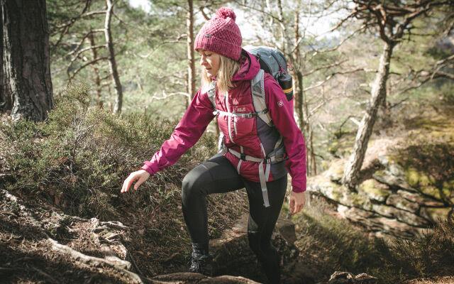 Women Infinite Hike – mountain hiking